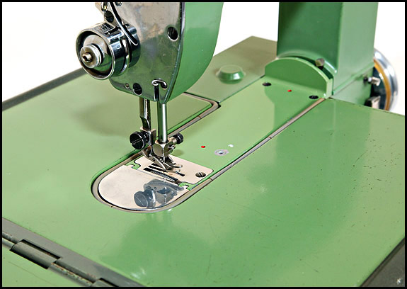 Closeup of Elna Grasshopper worktable
